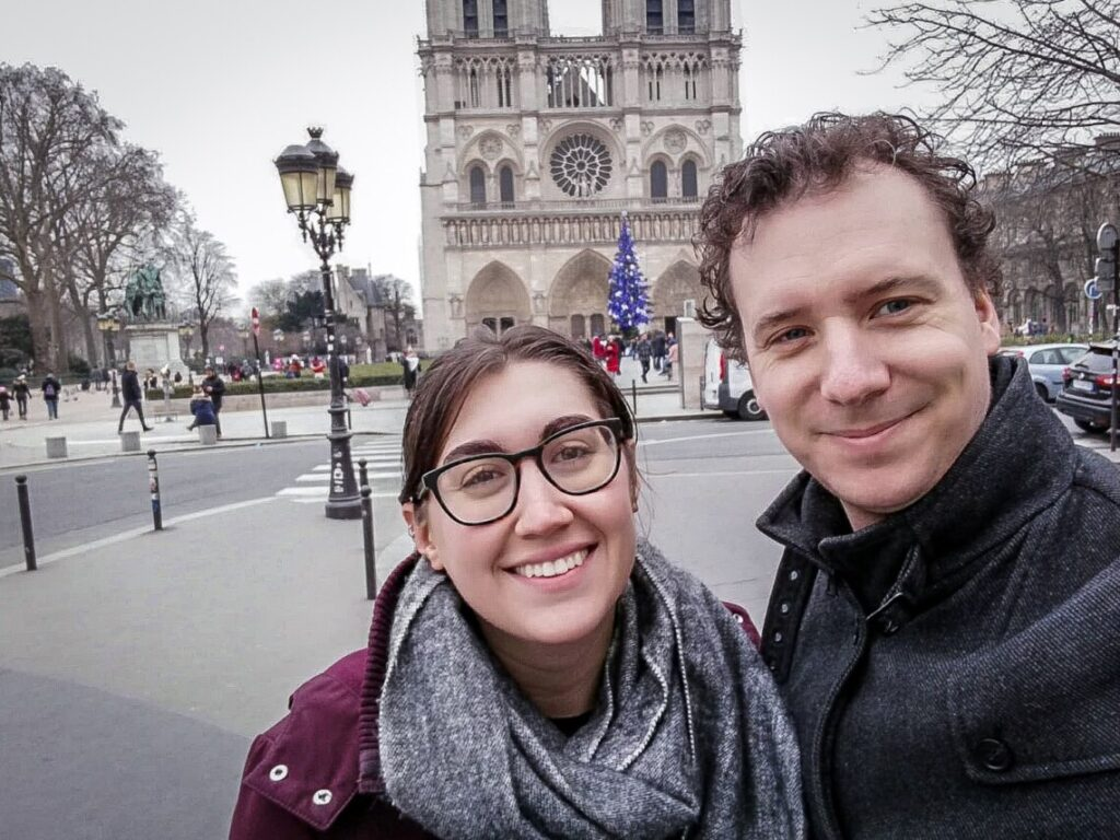 Example of the little guys, Bert-Jan and Kayla in Paris.